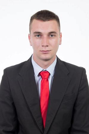 2 Игор Ристић