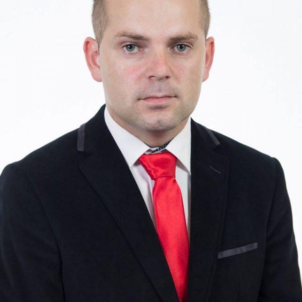 Денис Стевановић